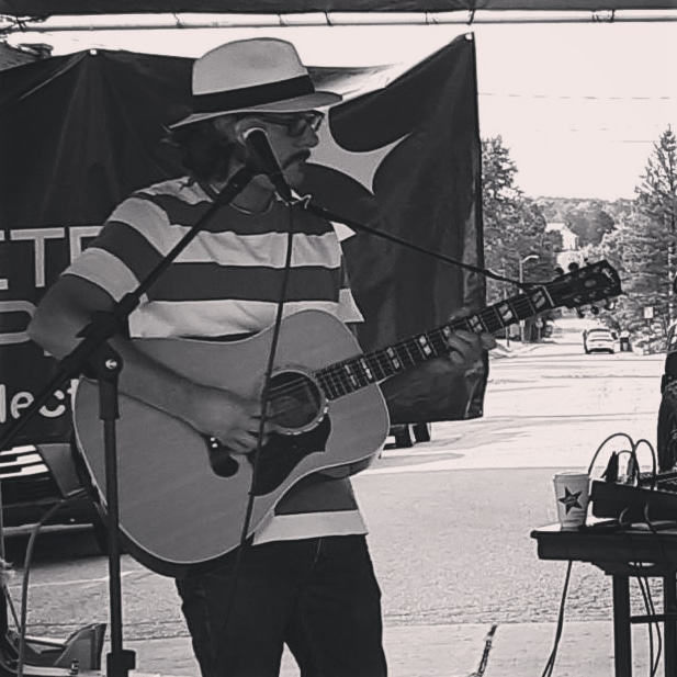This Friday! 9/25. 7pm. I'll be singing songs at @unionbrewingco in Carmel, IN. Great outdoor patio right off the monon. Come out and hang!   #indianapolis #carmel #carmelartsdistrict #rocknroll #livemusic #folk #songwriters #indiana #fall https://t.co/EEJEB1j8Pr