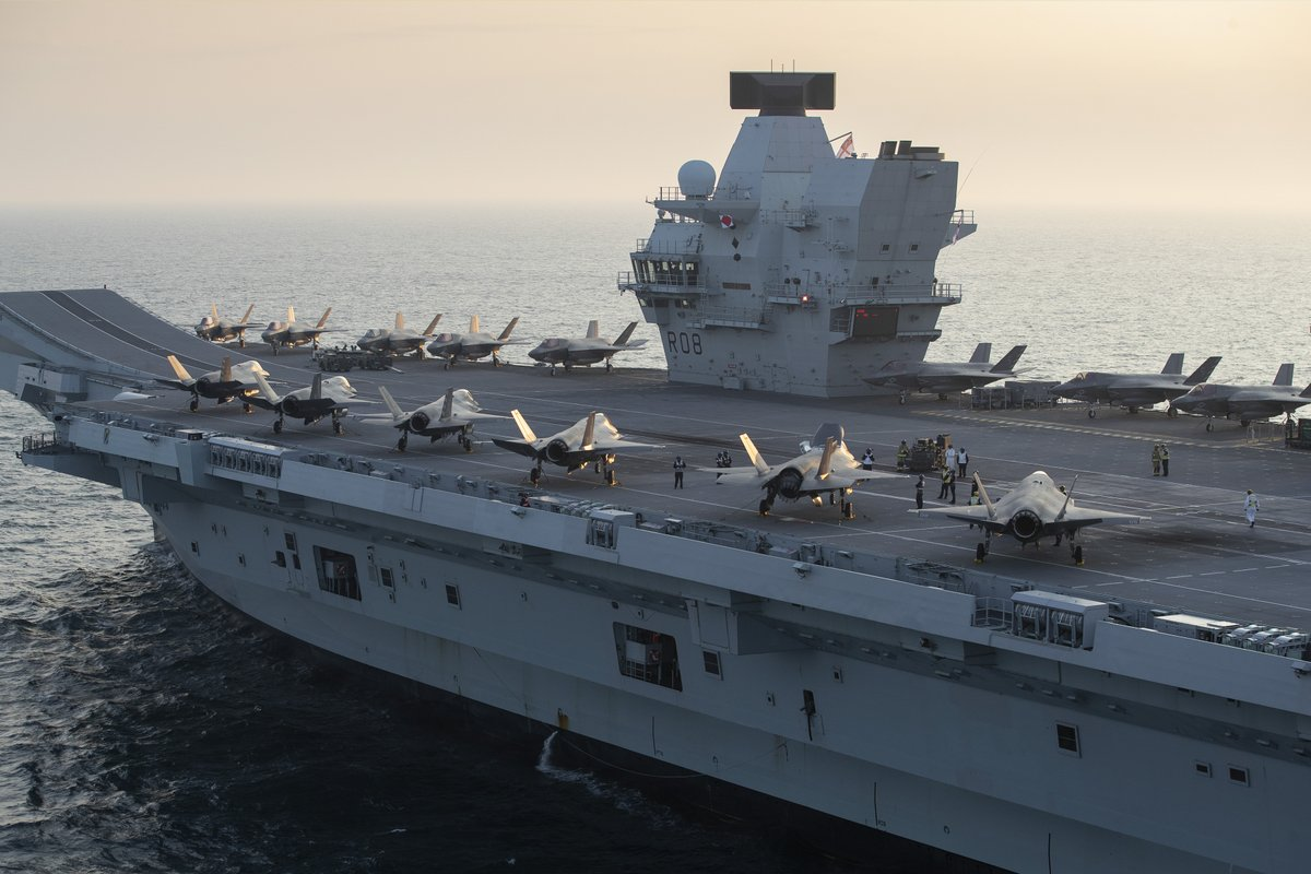 HMS Queen Elizabeth has embarked with the largest number of 🇬🇧 & 🇺🇸 warplanes ever on her deck as she sails for UK-led exercises with NATO allies in the North Sea. An exciting time as we take the US-UK partnership to new waters!