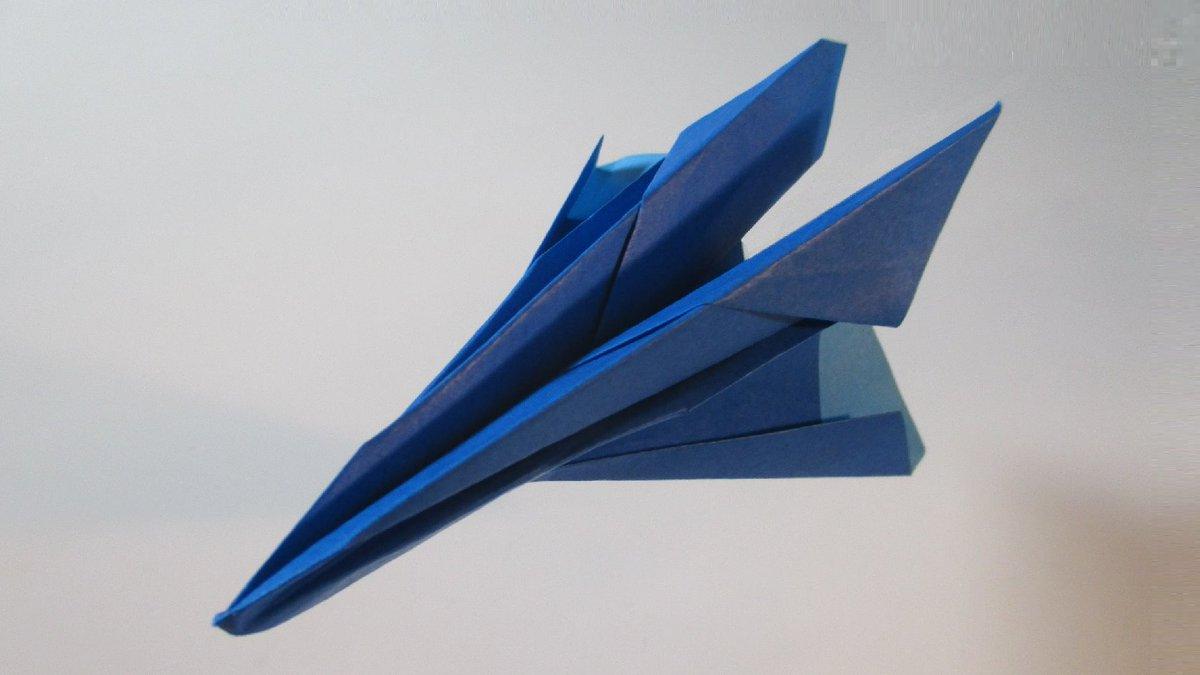聖書《・・・ まことに、あなたがたに言います。もし、からし種ほどの信仰があるなら、この山に『ここからあそこに移れ』と言えば移ります。・・・ マタイ17:20》 #origami  #折り紙 #おりがみ飛行機 #折紙 #アート #折り紙作品  #架空機 #創作 #art  #紙飛行機  #paperplanes #みことば 作品紹介! https://t.co/F1Yr2acVxD