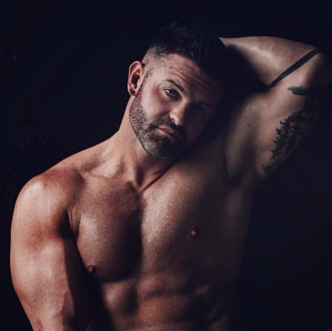 Look for something positive in each day!  - #instafit #motivation #fitness #gymlife #gains #grindout #flex #gym #trainhard #abs #grow #focus #dedication #chest #muscle #instagay #gaymen #gaymuscle #gayfit #scruff #pump #instagay #gayman #magic #malemodel #fitnessmodel #beard https://t.co/p6YkbyPOtB