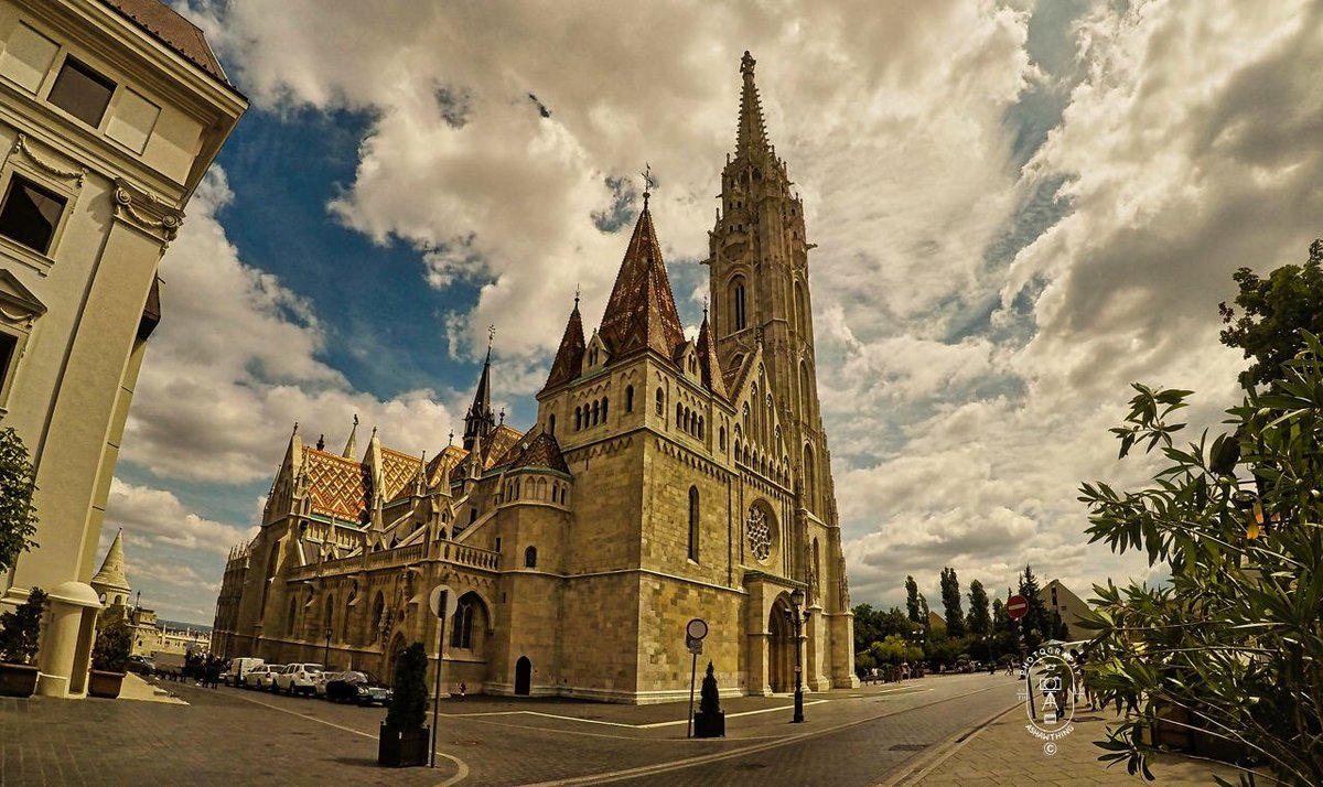 The Church of the Assumption of the Buda Castle, more commonly known as the Matthias Church, Budapest. #Photography #Budapest #Holidays #Urban #Travel #Tourism #Skylum #AShawThing #Luminar4 #pastholidays #Hungary #Churches https://t.co/29hh6ofZQI