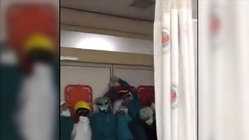 Keçiören Eğitim ve Araştırma Hastanesi'nde sağlık çalışanlara yönelik saldırıyla ilgili soruşturmada iki kişi tutuklandı https://t.co/f4CsfPcRpx https://t.co/ceOcwREwXC