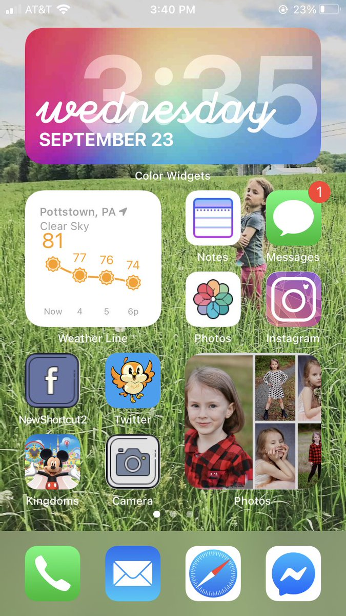 anybody have any custom Disney iPhone app changes? I have some cute ones, but I need moooore! https://t.co/qqEzGcahMX