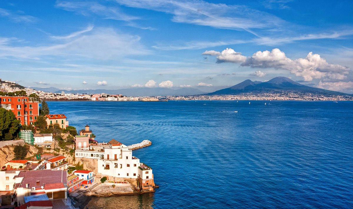 5 reasons to visit Naples, Italy https://t.co/2hIlbk5tgn @thepointsguyuk https://t.co/mxir7PXcxR