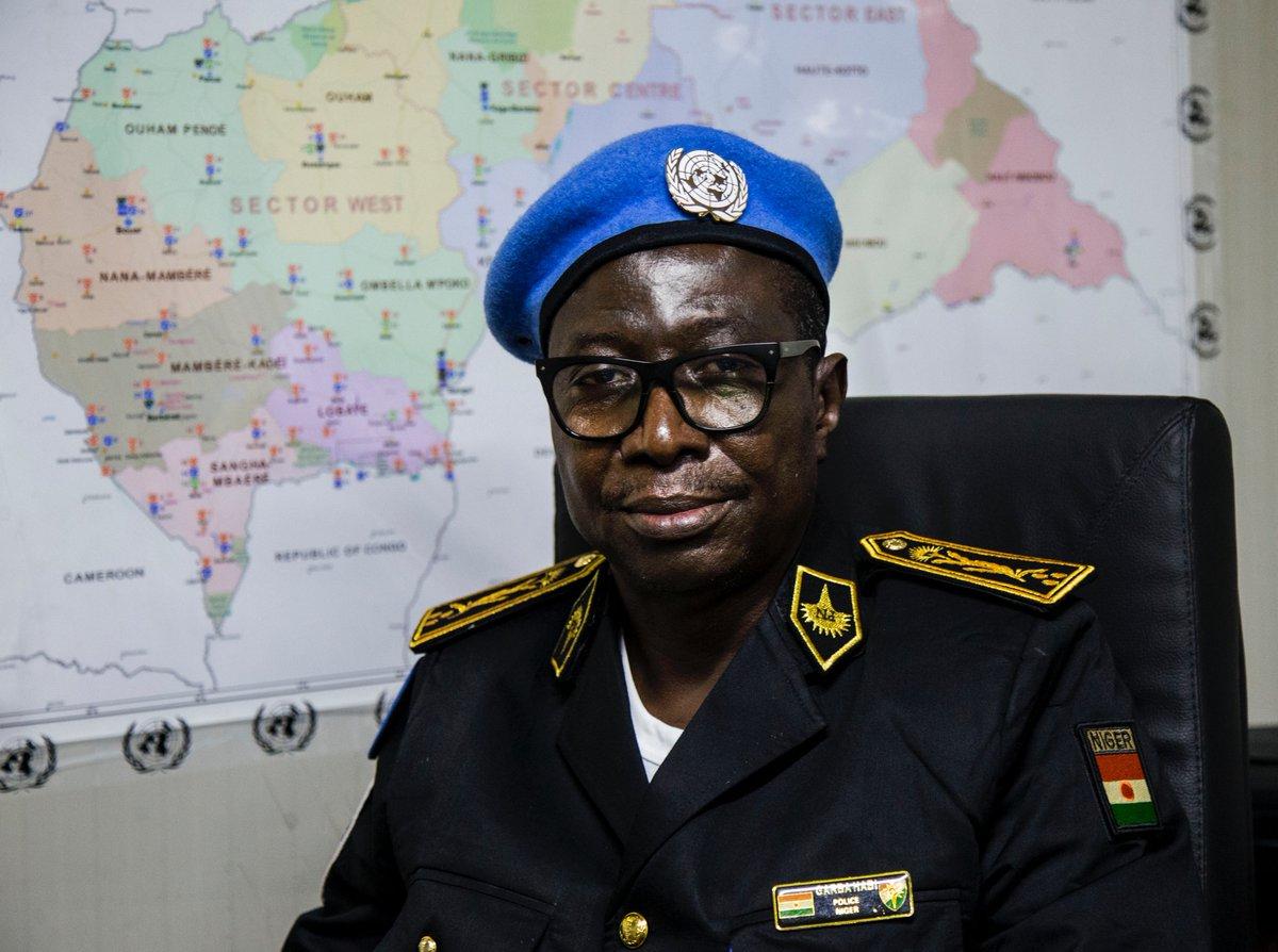 #ConfPress | Arrivée à Bangui du nouveau Chef adjoint de la composante #UNPOL de la #MINUSCA, le Commissaire divisionnaire Garba Habi, du #Niger 🇳🇪. Il apporte avec lui 32 années d'expérience en matière de police notamment des opérations de paix. #A4P https://t.co/QfDerEGDiG