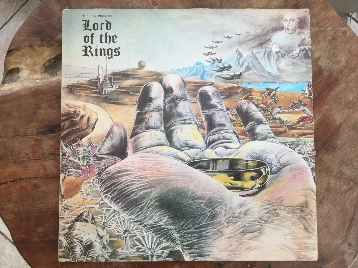 #TolkienEveryDay Day 56  This is the retro Vinyl Album by Bo Hansson, Lord of the Rings from the 1970s.  #TolkienCollection #Tolkien #LordOfTheRings https://t.co/QyZEvfjEkb