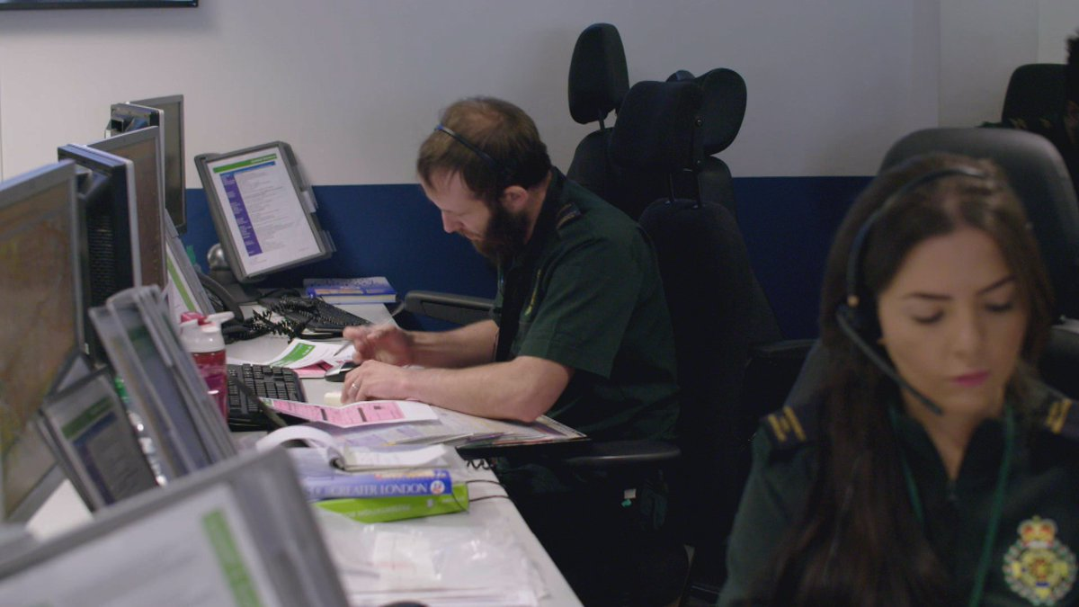 """Once that decision to move """"to paper"""" is made, teams open contingency packs that are at hand – and which contain paper tickets, pens and supporting resources to use when giving 999 callers instructions.  #Ambulance #TeamLAS https://t.co/sEaPsnqV6Q"""