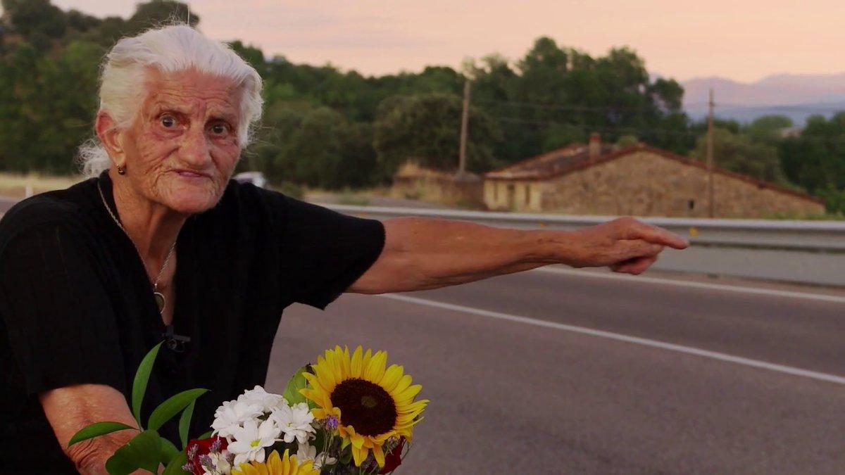 """🔴🔴🔴 """"El Silencio de otros"""" acaba de ganar dos #Emmy: al Mejor Documental y al Mejor Documental Político. Fue #ESTRENO en La 2 en 2019 y hoy lo puedes volver a ver a las 22h en La 2❗ Felicidades a @almudocu y  @robertbahar 👌 @SilenceofOthers https://t.co/DcWfQNfUyH"""