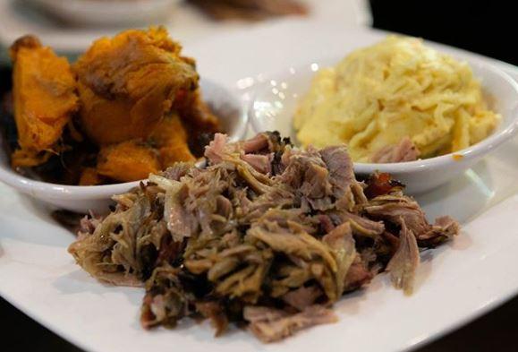 Something smohkd, something fried, always fresh.  📞 336-252-2253   https://t.co/CBnlOMT4xH 🚗 Dine-in and Takeout!  #Smohkd #NorthCarolina #Greensboro #SmokedMeats #BBQ #BBQlovers #BBQnation #OpenWeStand #MeatLovers https://t.co/HxkqcXmUGa