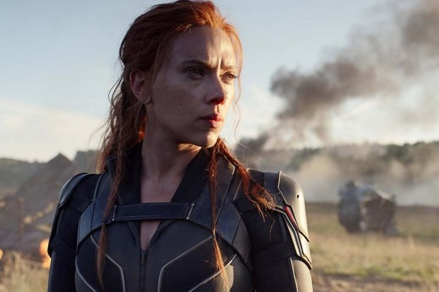 #BlackWidow has moved out of 2020 and cast its web in 2021. The new release date is May 7, 2021. https://t.co/Aq2zuD1iYO