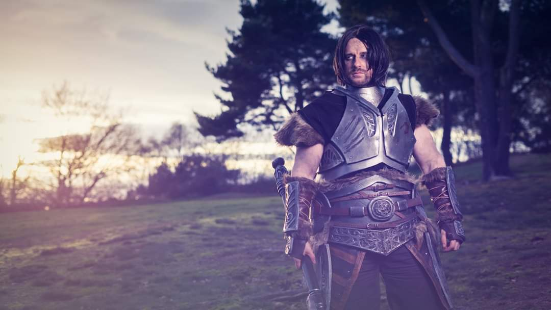 """What's a milk drinker like you doing out here?""  Ph @jsbissett  #cosplayers #cosplayersofinstagram #photooftheday #picoftheday #me #fitness #photo #makeup #hot #fit #bodybuilding #elderscrolls #skyrim #elderscrollsonline #farkas #armour #wig #biceps  @bethesda_uk https://t.co/7OflpwsnRV"