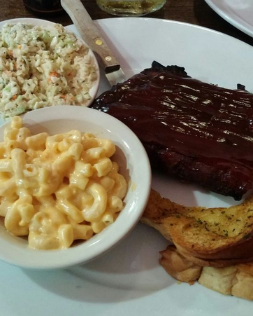 When your food looks as good as it tastes >> . Online Ordering! ➡ https://t.co/sc4TIxRbZf . #PitmastersBBQ #Pitmasters #BBQ #DeLandFL #FL #Foodie https://t.co/eyL4qvuFnN