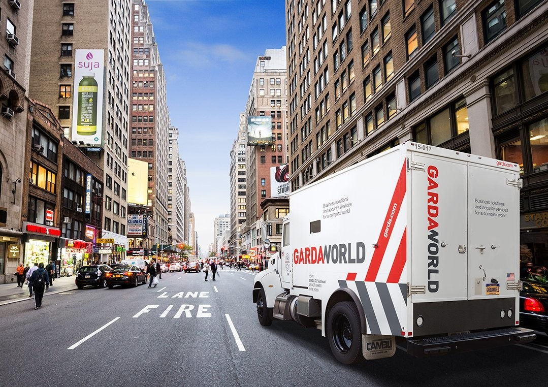 Everyday, GardaWorld Cash Services armored transport pick-ups are supporting retailers to get cash and coin back in their tills so customers can pay in cash. #GetCoinMoving https://t.co/cLNwd6oSIw