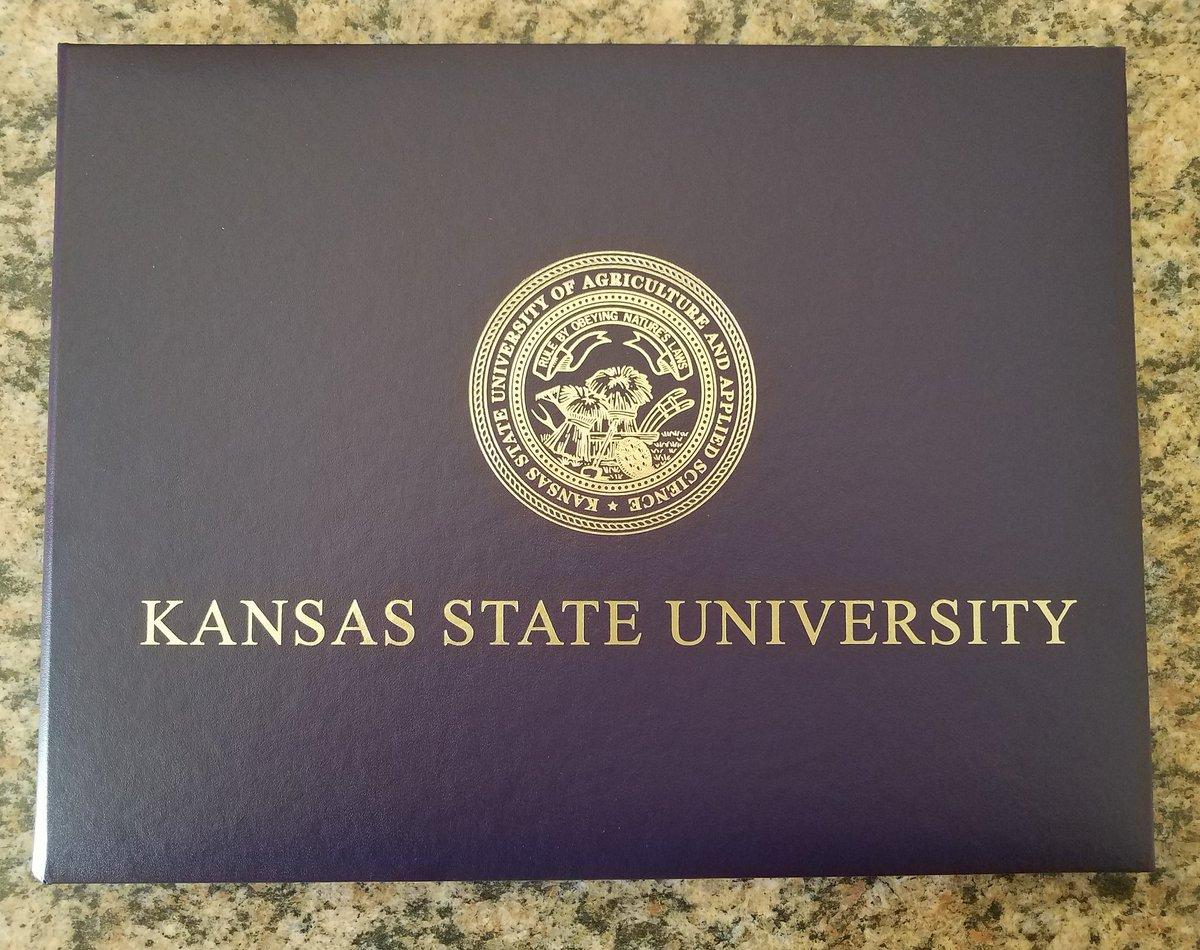 It's official. #gradschool #graduate #kstate https://t.co/q2rjdcIPiT