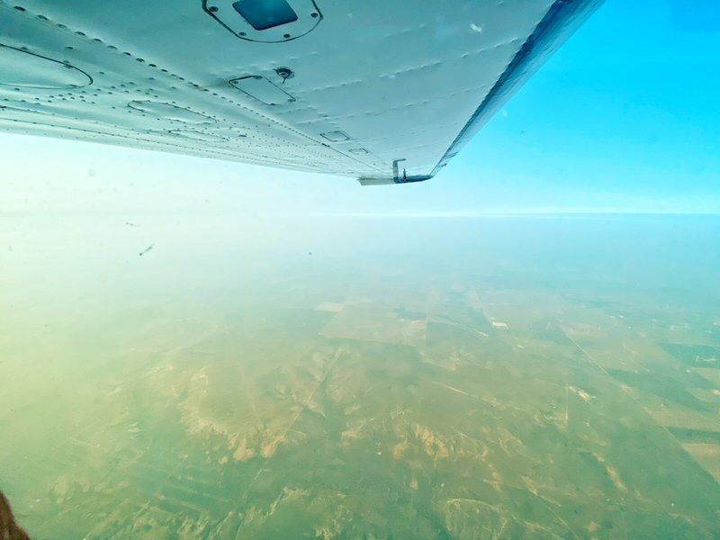 Beautiful sights on #wingtipwednesday  . . . #wingtip #wednesday #wingtipwednesday #bautiful #sights #lookatthat #pretty #sun #horizon #plane #wing #pilot #pilotlife #pilots #piloteyes #aviation #aviationlovers #AviationPhotography #aviationgeek #aviationdaily #aviation4u https://t.co/H4s7jxNNrr