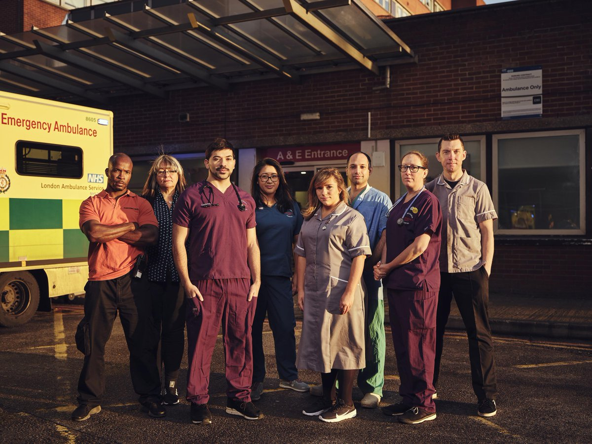 We have one of the busiest emergency departments in the country, and our team works 24/7, 365 to ensure our patients receive the very best care when they need it 🏥 🚑  📺 Turn over to @Channel4 now to watch them in action.  #24HrsAE #TeamStGeorges https://t.co/M6X1Cr28Aa