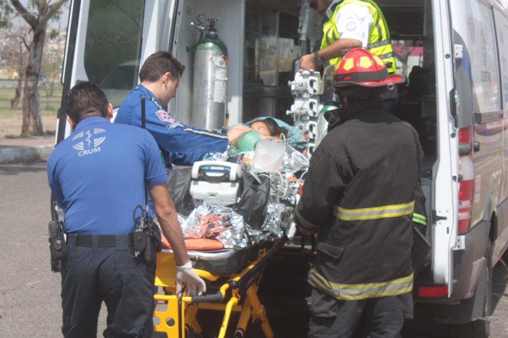 #Querétaro Atención a pacientes con lesiones traumáticas ha disminuido  Continúa a la baja en 25% la atención a pacientes con lesiones traumáticas derivadas de accidentes de tránsito durante este 2020 👉 https://t.co/AvxyaneUcA https://t.co/oUeUtek1EB