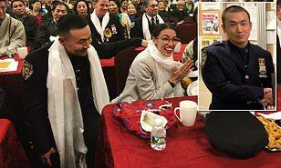 Tibetan-born NYPD cop accused of spying for China and betraying his own people raised suspicions at Tibetan New Year party where he sat next to @AOC  Why were they sitting next to each other. I'm asking @AOC to denounce the Chinese communist party https://t.co/XlJkbNoEa5