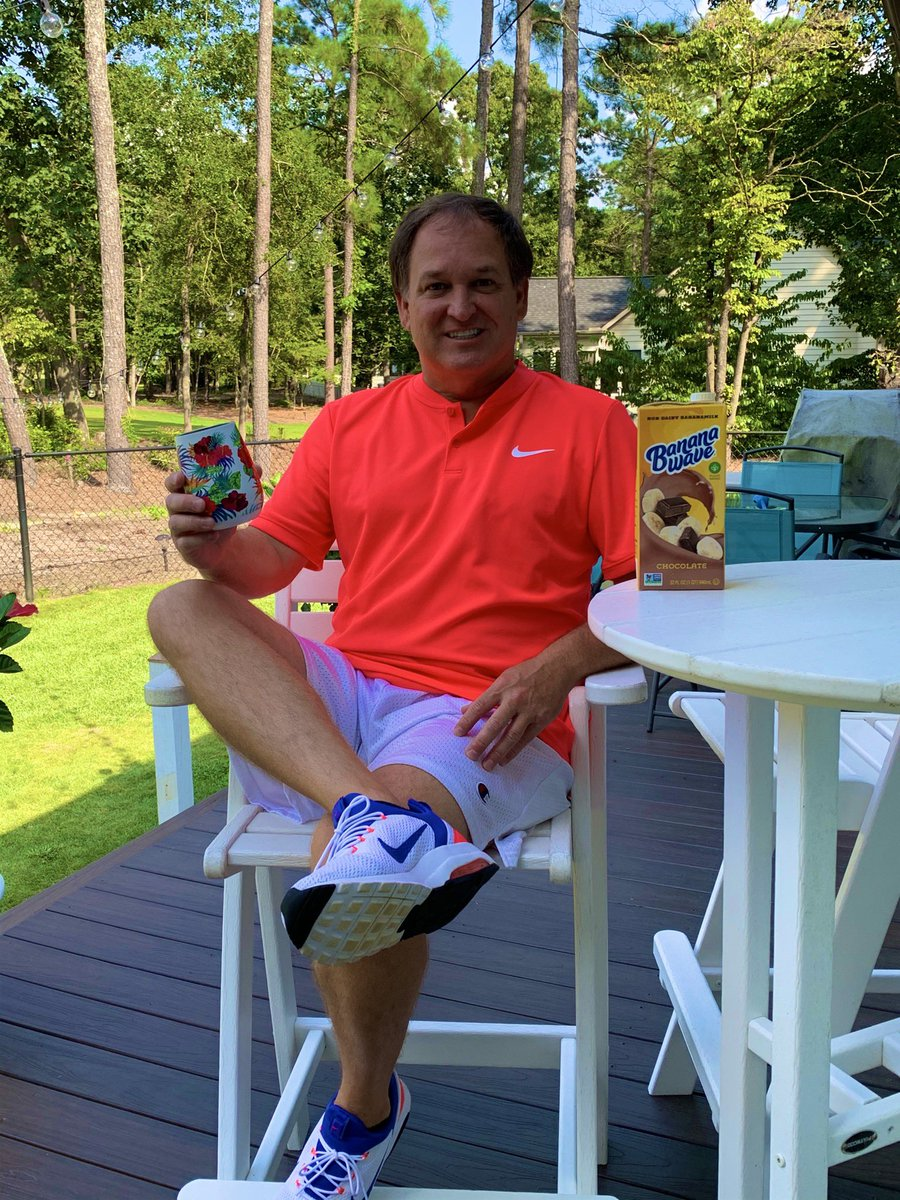 Happy Wednesday! Enjoying a glass of @bananawave1 on this beautiful eastern NC day! #ChocolateBanana #Ad https://t.co/qo7zGSpVLg