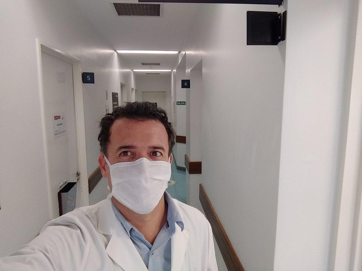 Volviendo a nuestra medicina Presencial en @Hospitalbritanico #gastroenterologia #endoscopia #somosresponsables https://t.co/toCNclTn8L