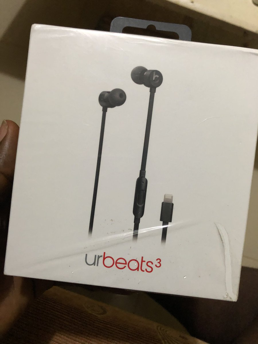 Available for 25k oh #come and take it  UrBeat 3 by beat by Dre (Apple inc) https://t.co/XYcfaVbzbr