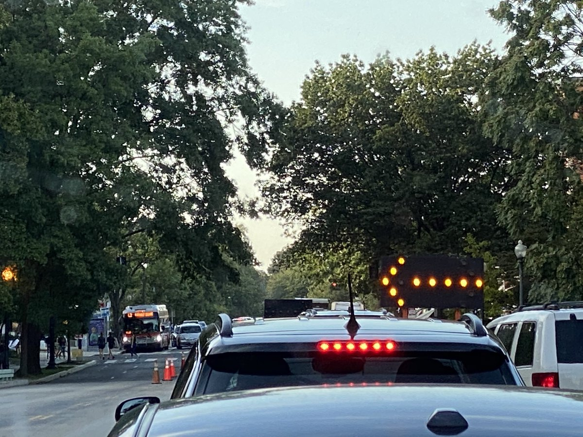 @DDOTDC Why do you have all lanes except one blocked during rush hour on Connecticut avenue? @hbwx @WTOP https://t.co/Y5YmUaPCgT