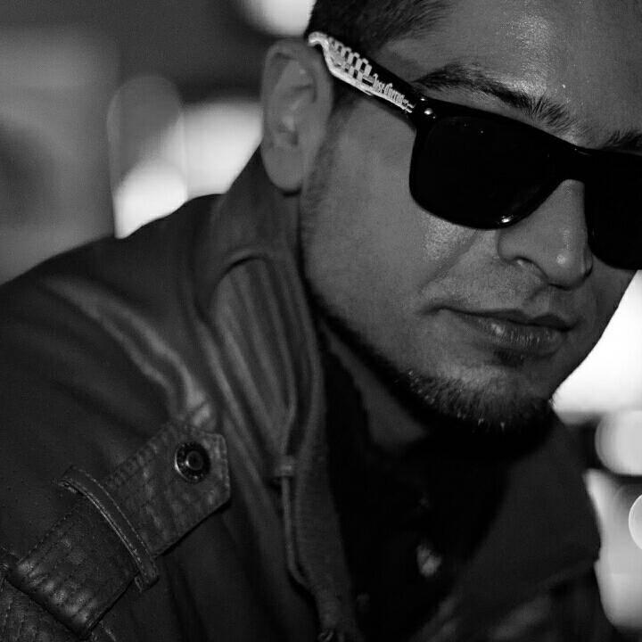 #karaoke #party  #liveme Ali Reza Shyhaki: https://t.co/40kX1PwDGX https://t.co/QxJXGkzVFX