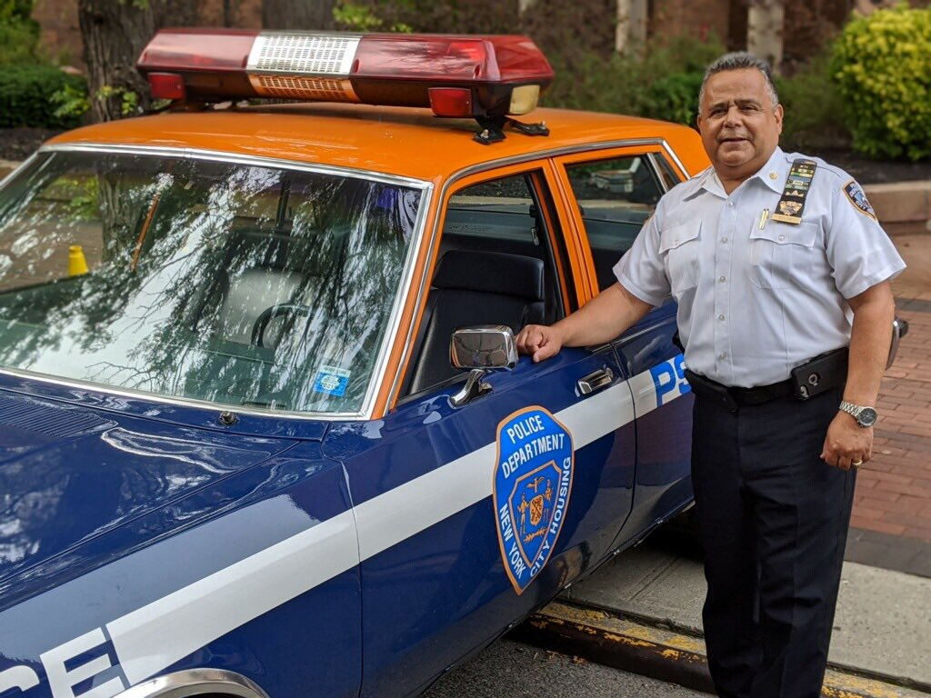 Recognizing our very own Puerto Rican - Deputy Inspector, Luis Colon this #HispanicHeritageMonth2020. His 30 years of law enforcement experience and upbringing in the Sotomayor Houses brings true experience, understanding and leadership to the Housing Bureau. https://t.co/hhYf15pk0a