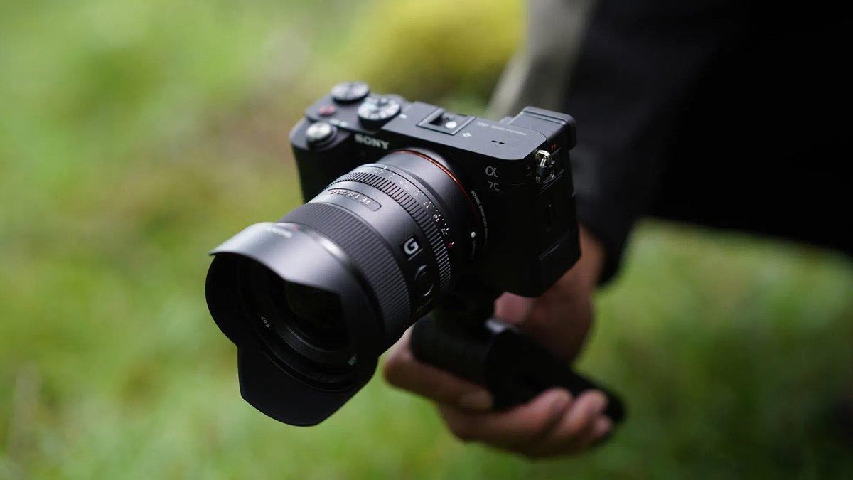 #Tecnología #cámarasdefotos Sony a7C, la potencia en tamaño reducido https://t.co/KYlt9iIGNL  @TheLuxonomist https://t.co/SDap65Sjhg