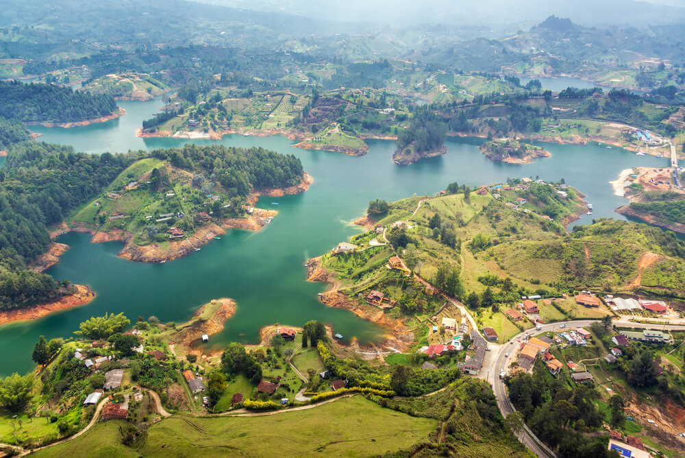 #Austin, Texas to Medellin, Colombia for only $367 roundtrip with @AmericanAir #Travel (Nov-Mar dates)  https://t.co/RLO73YeHvH  Booking link: https://t.co/nXcPW5v7Ji https://t.co/dNbiPQ9d3h
