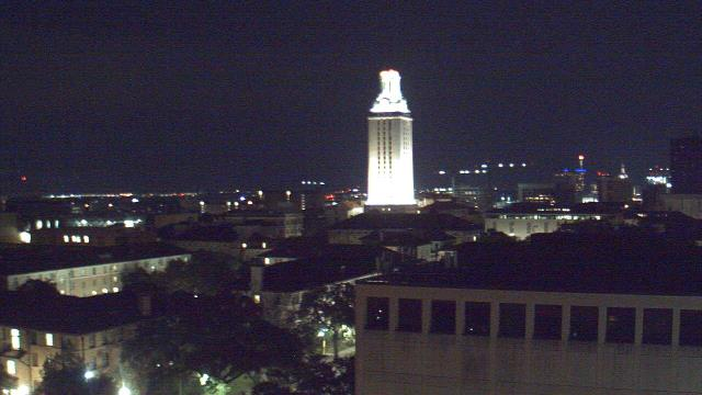 74F in #Austin w overcast clouds & 10.29mph winds, 73% humidity https://t.co/S7BY34WhwM https://t.co/aecdrmdVQ3