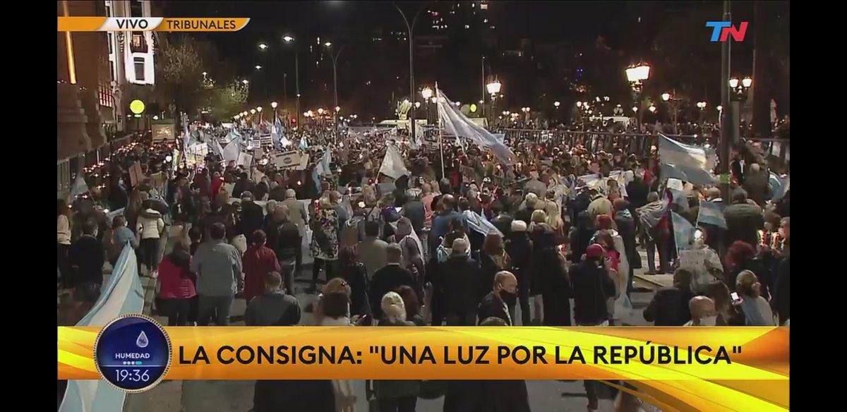 La gente honesta te condenó Cristina.  #23DeSeptiembre https://t.co/gtzwwAaO3a