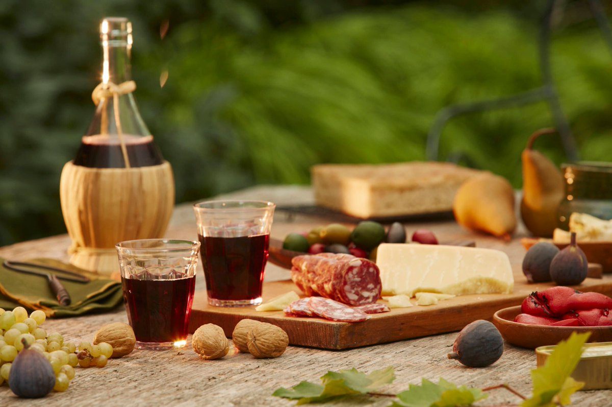 7 underrated regions in #Italy with the best food and wine https://t.co/sFUJhMeoU7 @thepointsguy https://t.co/9DXrAuIdKN