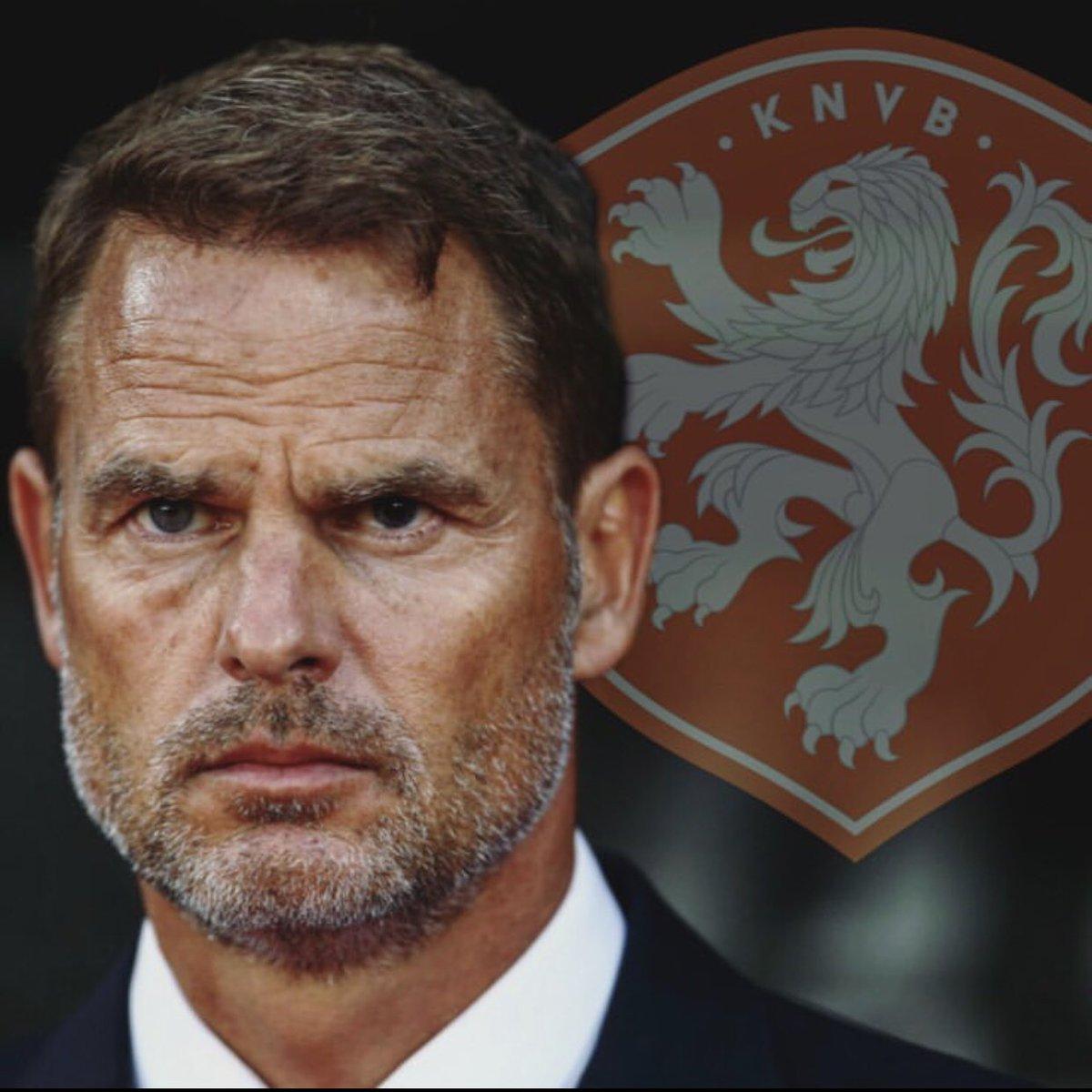 Frank de Boer es el reemplazante de Ronald Koeman para dirigir a la selección de los Países Bajos. Los mayores objetivos son la Eurocopa 2021 y la clasificación al mundial de Qatar 2022.  #netherlands #netherland #holland #deboer #uefa #futbol #fútbol #soccer #gol #adidas #nike https://t.co/0f2IMGXKPD