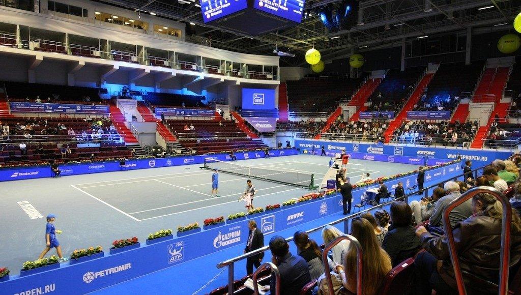 ¡CON PÚBLICO! 🙌 ✅ El @atptour y @WTA de #SanPetersburgo se celebrará con la presencia diaria de tres mil 500 espectadores en la pista central. 🤩  📸: Bola Amarilla  #ATPTour #WTATour #Rusia #tenis #COVID19 https://t.co/KDcF42Ki4r