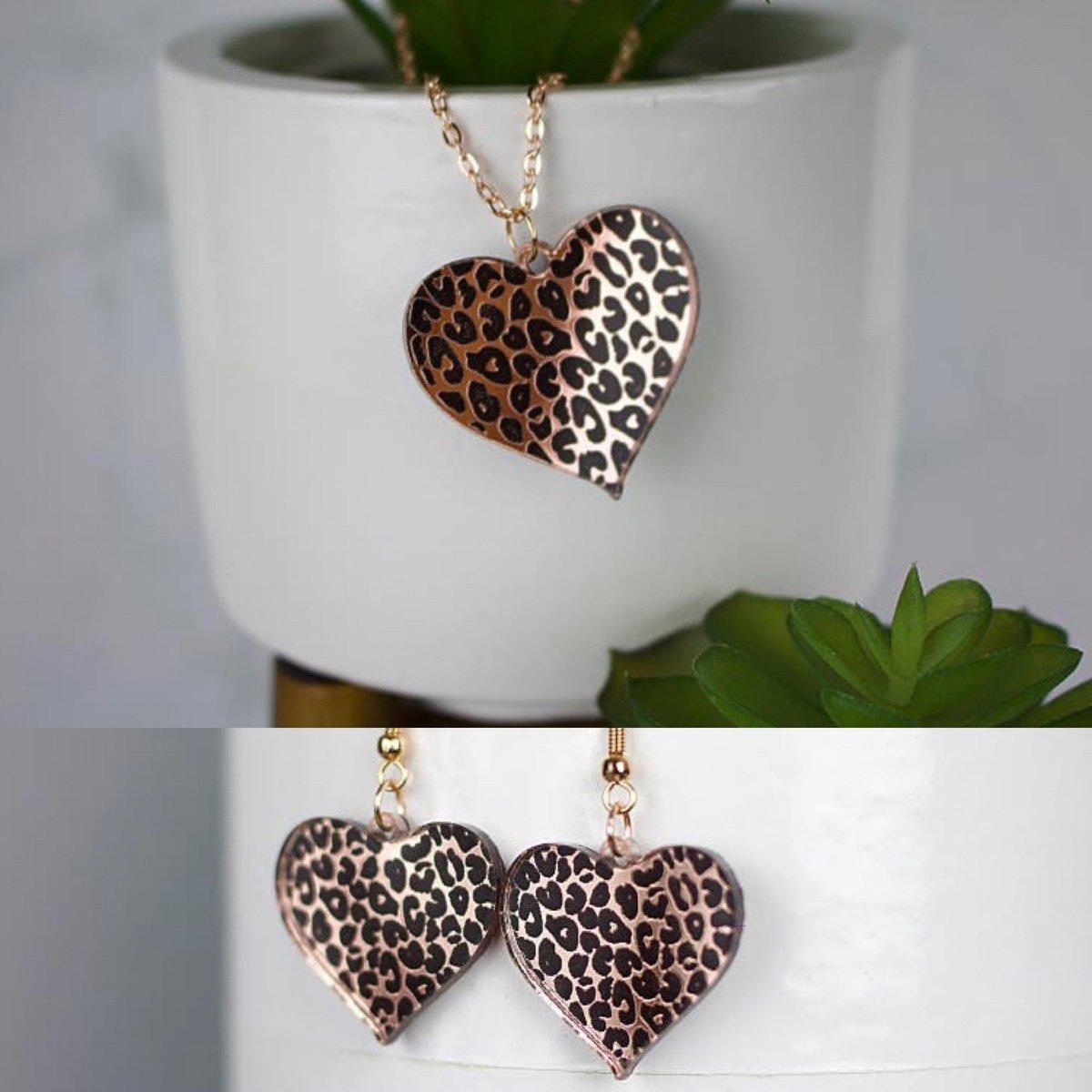 Buy your set here at my Etsy shop: https://t.co/Jtwtj0tpf2 #jewellery #unique #leopardprint #foryou #smallbiz #inthebiz https://t.co/JoqKpy8OAY