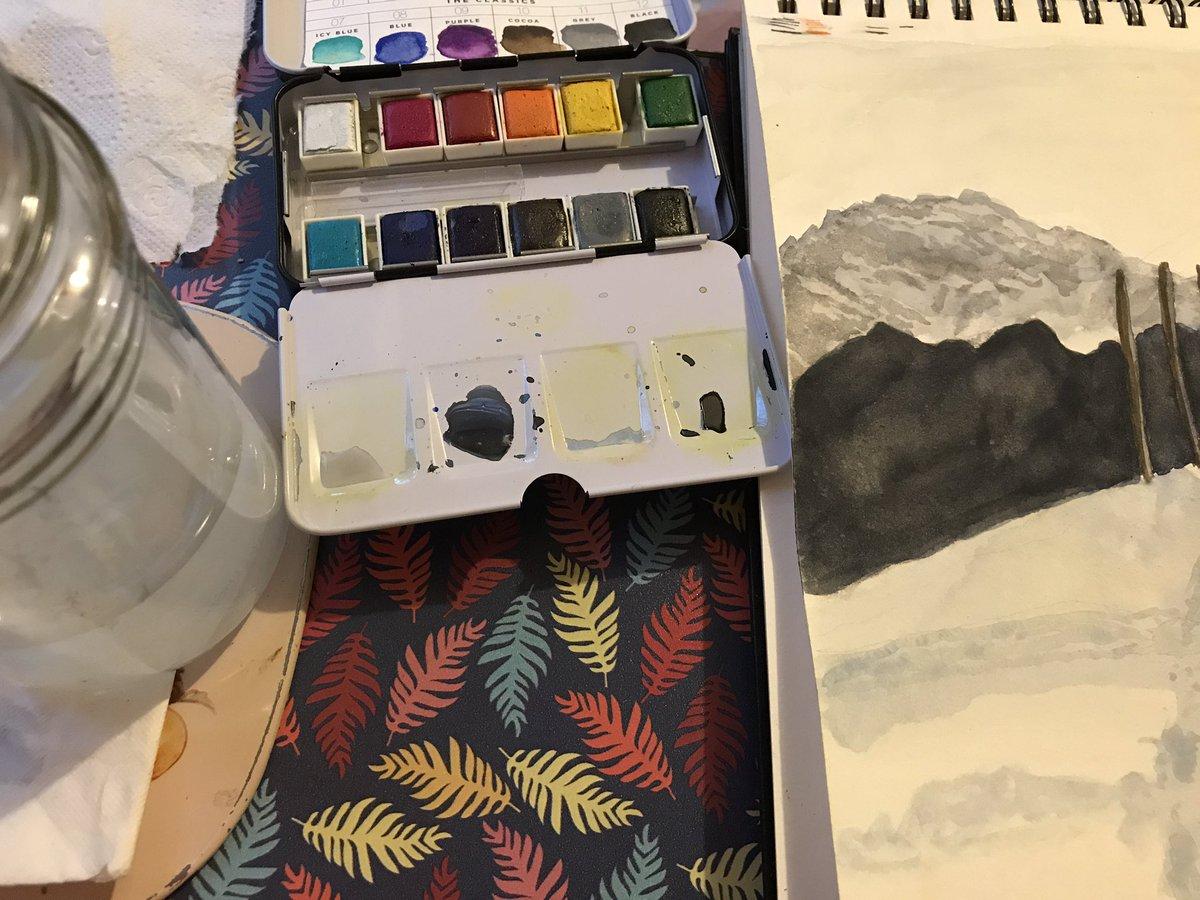 More progress on my watercolour painting 😆#artistsontwitter #Watercolourpainting https://t.co/01oeARkzN7