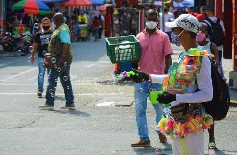 #Colombia   Aumento de casos de #COVID19 en Cali terminaría en nueva ola de contagios a finales de octubre.  Amplíe aquí la información: https://t.co/kP5KagY4b2 https://t.co/25iHE7bErL