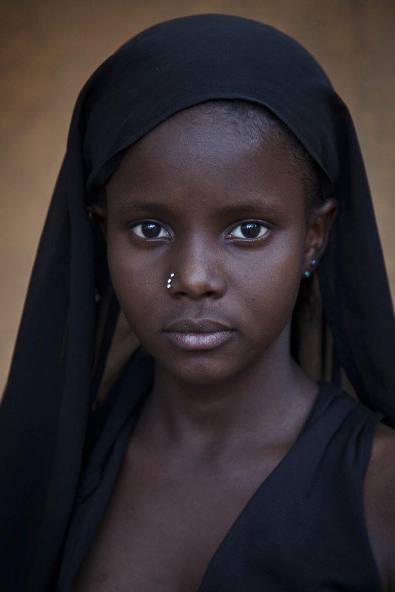 #PhotoDuJour – Le Conseil de sécurité des Nations Unies 🇺🇳 dans sa résolution 2531 (2020) qui prolonge le mandat de la MINUSMA, prie la MINUSMA de considérer la protection de l'enfance comme une question transversale touchant tous les aspects de son mandat. #Mali 🇲🇱 https://t.co/TNmjkrTopG