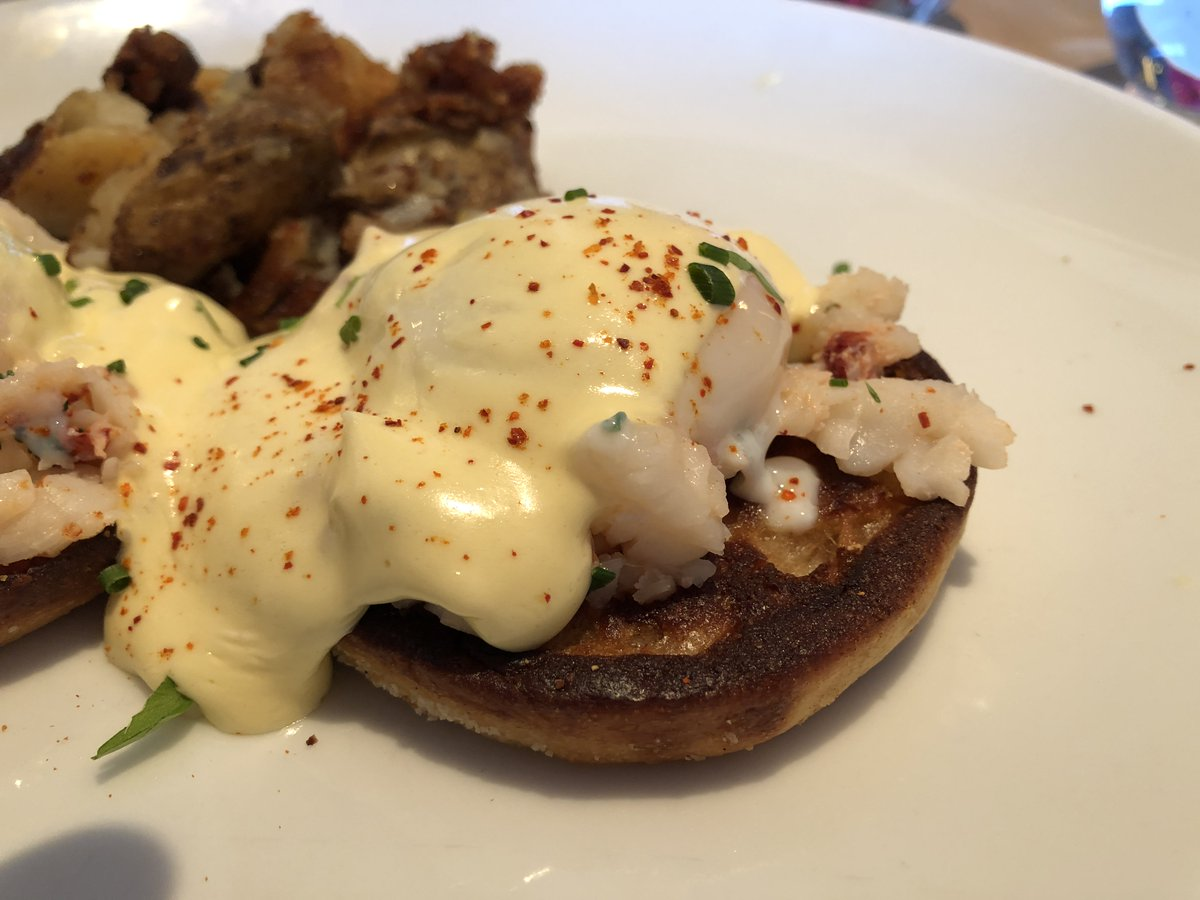 Already looking forward to the #weekend? Then it's time to start thinking about #SundayBrunch too! #Brunch #eggsbenedict #lobster #breakfast #eatlocal #westporteats #supportsmallbusiness #restaurant #ct #connecticut https://t.co/Hr5Jv4aBSI