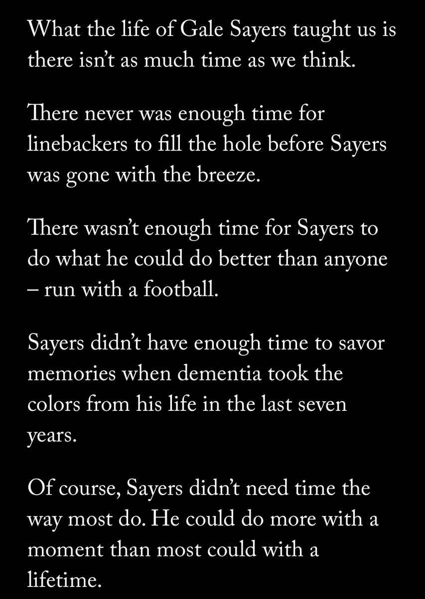 Just an incredible read by @danpompei on an incredible #Bears legend in Gale Sayers. Must read here : theathletic.com/2088834/2020/0…