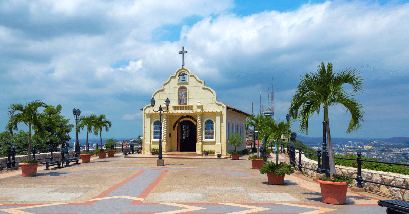 #LosAngeles to Guayaquil, Ecuador for only $294 roundtrip with @CopaAirlines #Travel (Nov-Dec dates)  https://t.co/bQMQpVlPLP  Booking link: https://t.co/q1r3Hf2RSZ https://t.co/uSYqXAlh0T