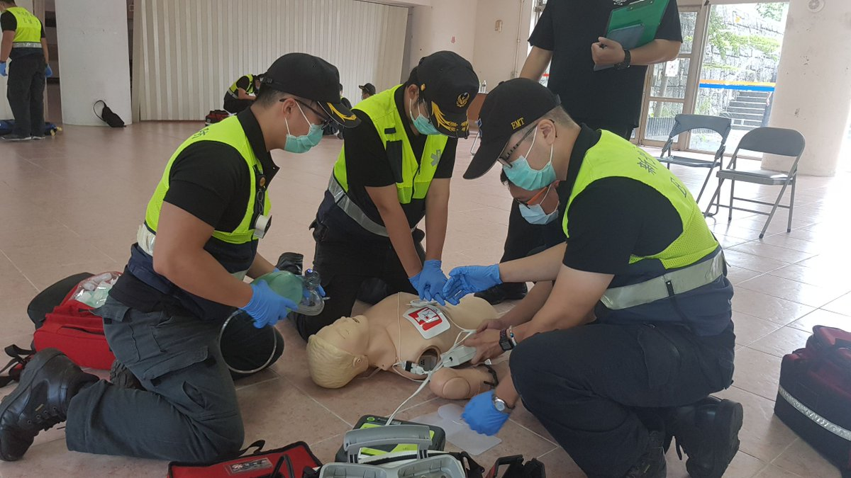 Out-of-hospital cardiac arrest #OHCA is one of the leading causes of death worldwide. Reducing response times to OHCAs and ensuring quicker initiation of #CPR is critical to saving lives. Therefore, #firefighters often conduct #emergency drills for accidents with mass casualties. https://t.co/VYta724Gtv