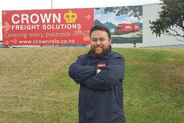 Crown Freight Solutions - We cover every corner of #NewZealand! If you need to dispose of surplus furniture or IT equipment in an #environmentally friendly manner, we can assist with that as well. Start your enquiry today: https://t.co/23zoKDf9xO  #nationwidefreight #logistics https://t.co/Pu9sYcyqzd