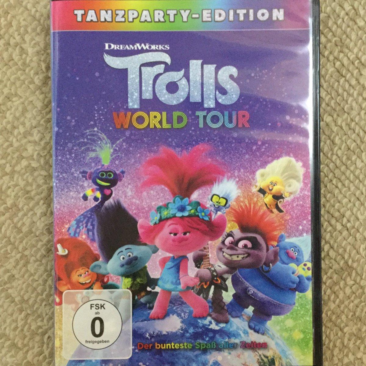 今日のSam Rockwell映画は、''Trolls WORLD TOUR''を外国盤で鑑賞!とっても可愛い作品!Sam RockwellのHickoryはカッコイイキャラクター!いずれ日本盤も買う!しかしHickory…!😳 #TrollsWorldTour #SamRockwell https://t.co/VZH4bfUAHS