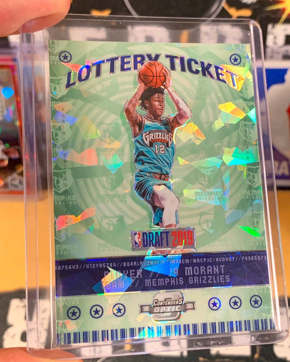 Ja Morant Cracked Ice Rookie Lottery Ticket hitting tonight from our @paniniamerica Contenders Optic Basketball breaks!  💣💥🔥 @JaMorant  #boom #whodoyoucollect #rookie #grizzlies #memphis #nba #lottery #jamorant #morant #optic #contenders https://t.co/TdCaQkV5tE