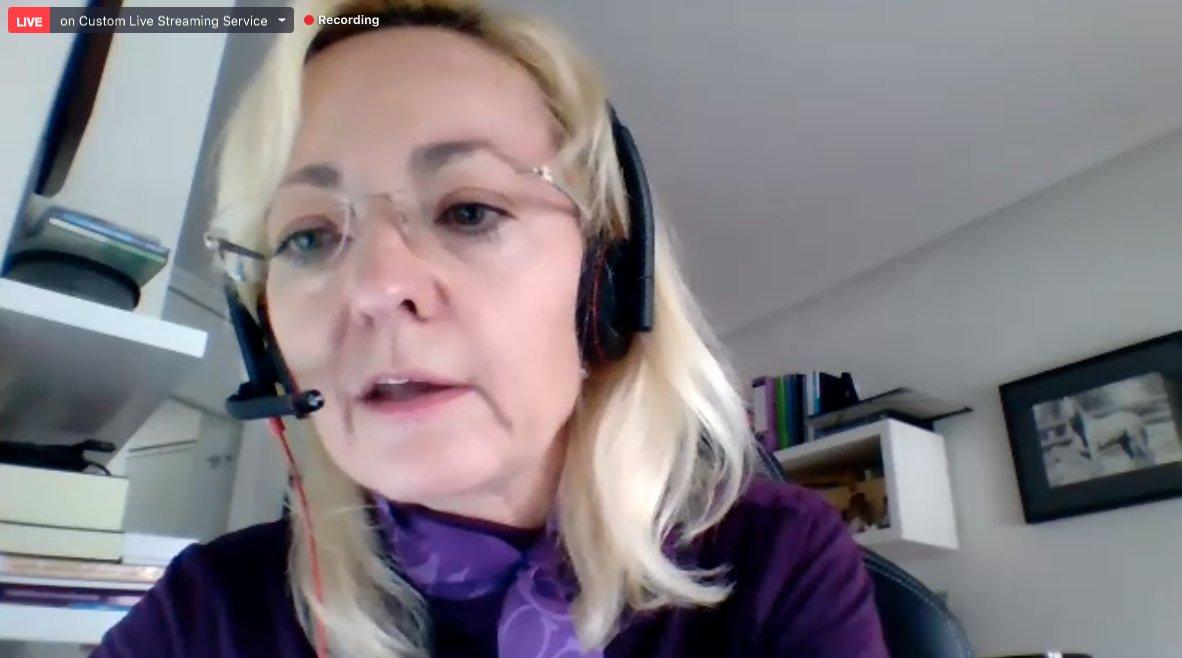 """Sonia Vidal de @CaixaCiencia: """"Debemos asumir este reto como propio, es la única manera de avanzar"""" #MásInvestigaciónMenosCáncer  #WorldCancerResearchDay #NuevaEraInvestigaciónCáncer  https://t.co/jwIBVUhWyS https://t.co/1uoo0aV4AA"""