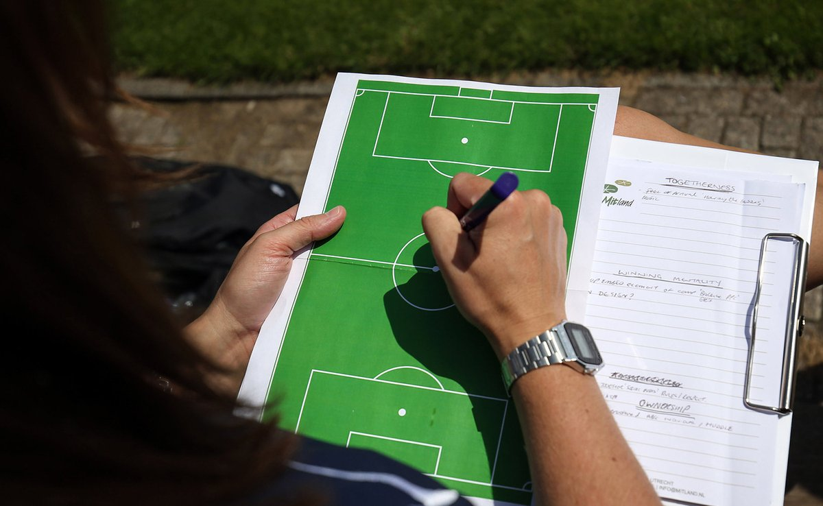 UPDATE | @FA Education has communicated with #grassroots leaners to update all on its new 4-year strategy.  This will affect the range of courses available and their mode of delivery from 2021 onwards.   More ➡️ https://t.co/t6UTqgO9cT https://t.co/W8qWKO8VYM