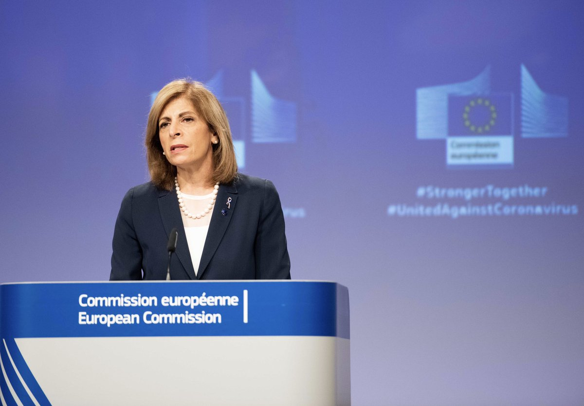 We are at a decisive moment. And everyone has to act decisively too. It might be our last chance to prevent a repeat of last spring.  ➡️ All Member States must be ready to roll out measures immediately and at the right time  #StrongerTogether #COVID19 https://t.co/nruqGDcUts