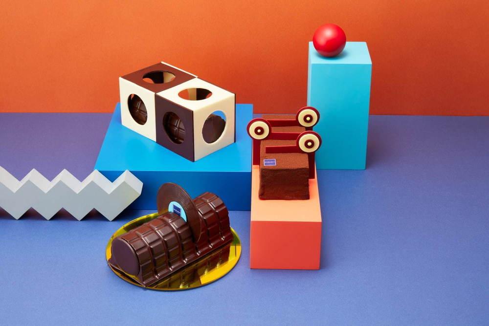 """ジャン=ポール・エヴァンのクリスマスケーキ、""""ポップアート""""や""""音楽""""を表現したチョコレートケーキ -"""